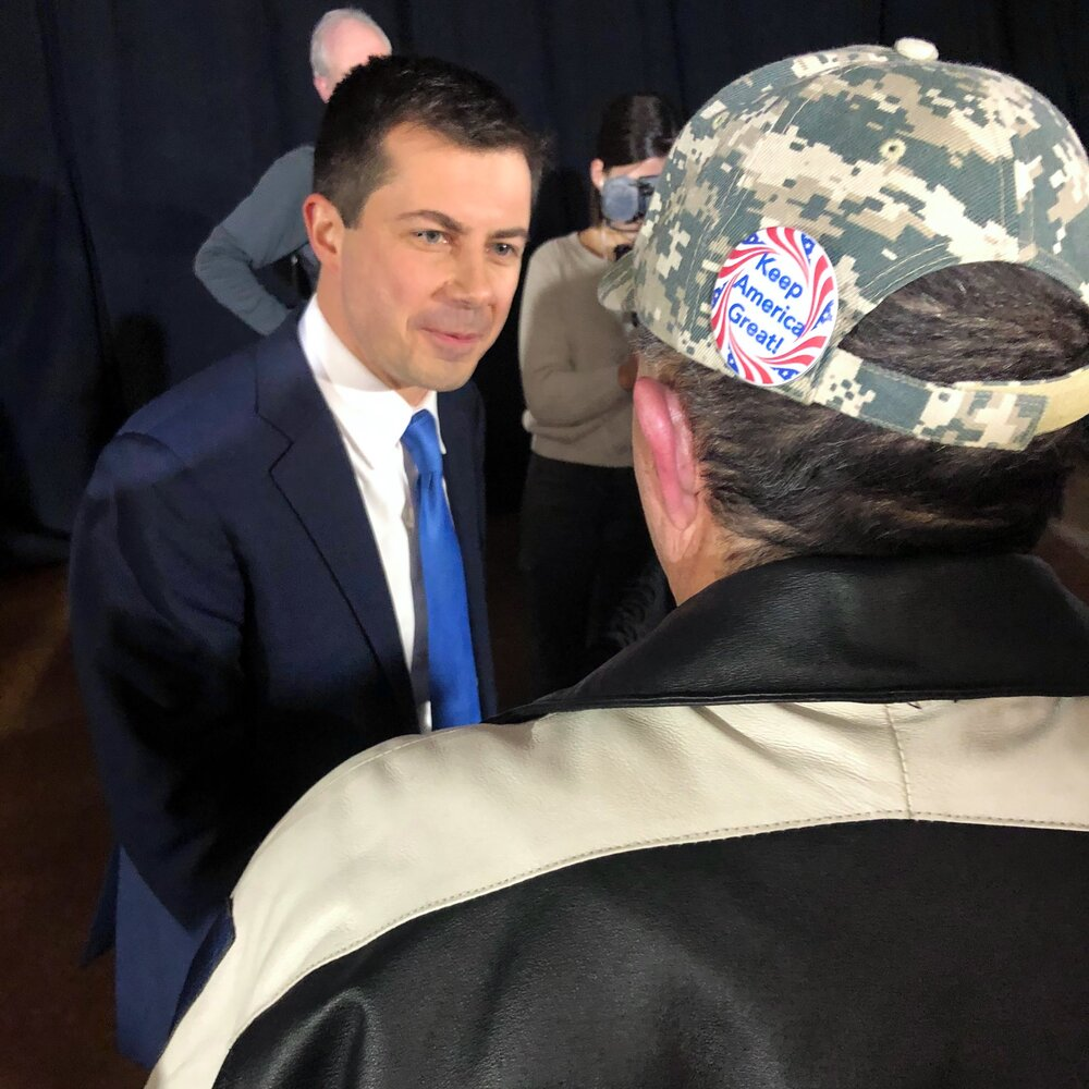 Pete talks to a Trump voter at a town hall in Iowa, Jan 15, 2020, posted by Dan Merica