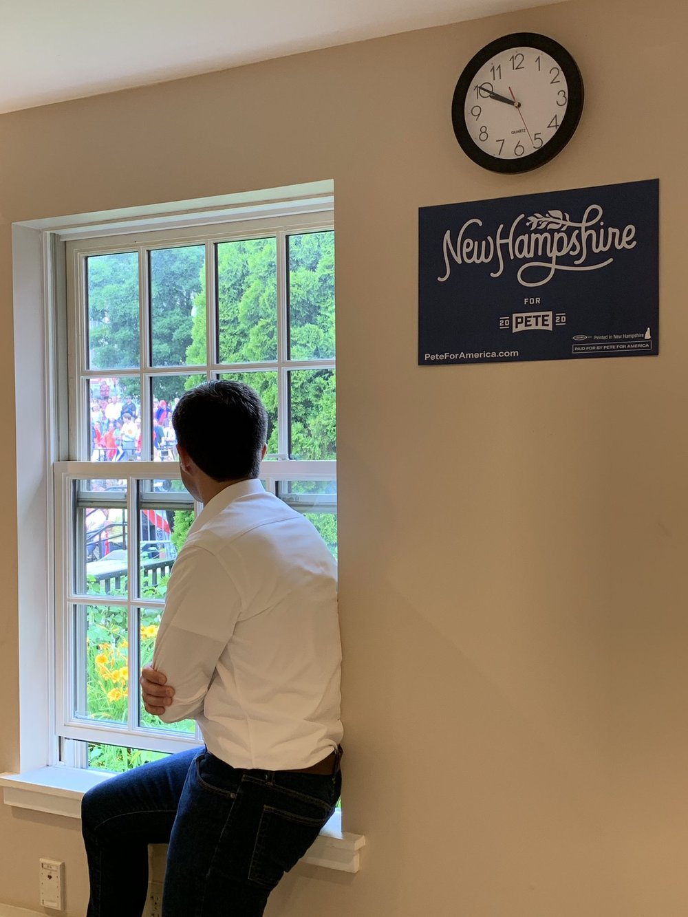 Waiting to speak, New Hampshire, Jul 13, 2019 - photo posted on Twitter by Saralena Barry.