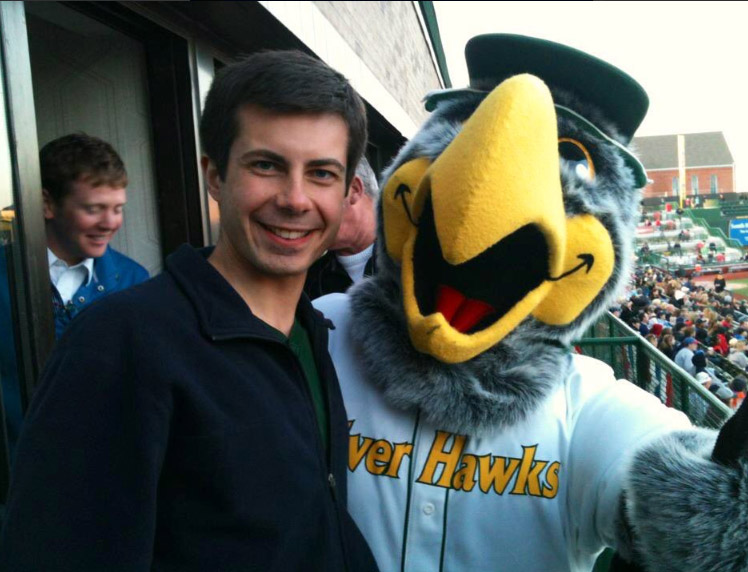 pete silver hawks game.jpg